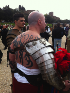 Tattoos and Roman culture. Gladiators at the Birthday of Rome celebration in 2015 (photo by M. Melotti