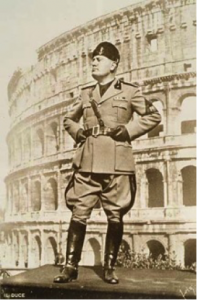 Towards a new Empire. Mussolini and the Colosseum.